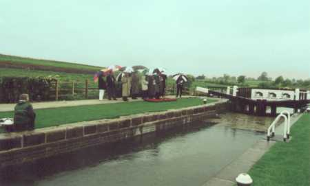 Opening ceremony, Lock 6 - 23rd May 2000