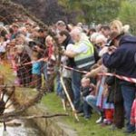Discovery Day 299×156 2014 Duck Race (1)